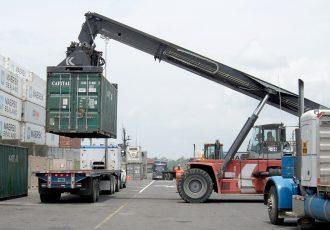トラック 荷台